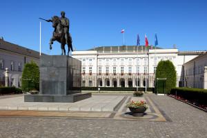 Lekarze chcą spotkania z Andrzejem Dudą. Opowiedzą o zarobkach, etatyzacji i centralizacji