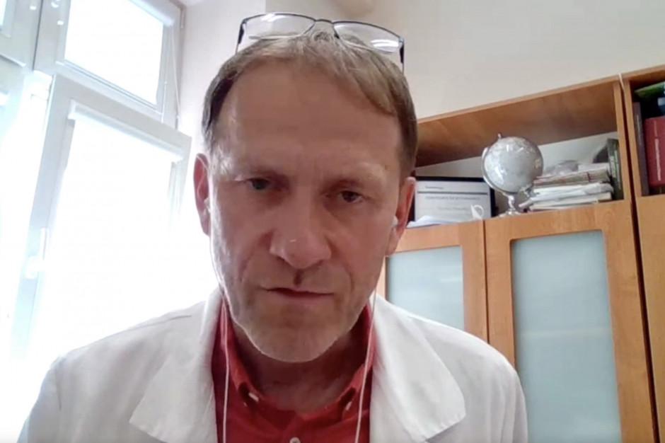 Dlaczego szczepionki przeciw Covid-19 już są, a leku ciągle nie ma?