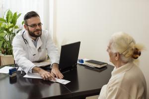 """Lekarze rodzinni chcą reformy w podstawowej opiece zdrowotnej. Proponują """"Piątkę dla POZ"""""""