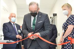Badania kliniczne u dzieci i młodzieży - w Centrum Zdrowia Dziecka otwarto pierwszą taką jednostkę w Polsce