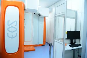 Szpital w Otwocku jest jednym z 140 szpitali, które wsparł Fundusz Sprawiedliwości. Dziś cieszył się ze sprzętu