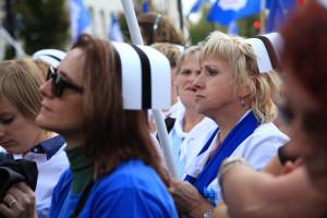 Polskie pielęgniarki na tle innych państw. Problemy w systemie ochrony zdrowia są widoczne