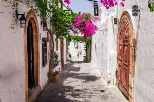 Wakacje w Grecji. Obostrzenia zmieniły się w połowie lipca. Sprawdziliśmy, o czy trzeba pamiętać