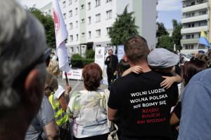 Policja zapowiada zero tolerancji dla antyszczepionkowców. Będą surowe kary