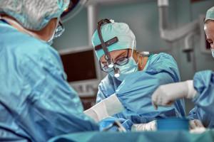 MZ projektuje nową specjalizację medyczną. NRL jest przeciw: doprowadzi do felczeryzacji medycyny