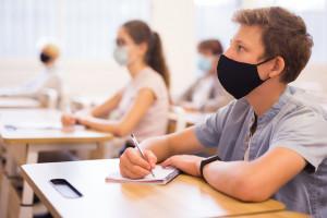 Znamy nowe zalecenia dla szkół w czasie epidemii. Obowiązują od 1 września
