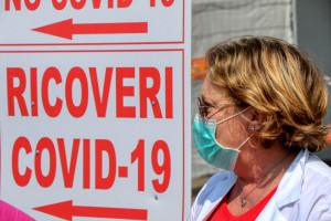 Koronawirus w organizmie osoby zaszczepionej pozostanie tylko przez kilka dni