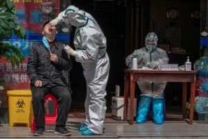 Wuhan. 12 mln mieszkańców przejdzie test na obecność wariantu Delta