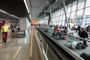 Paszport covidowy. Jak pobrać certyfikat COVID-19? Jest już niezbędny w wielu krajach