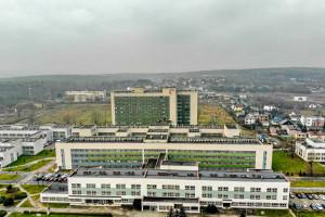 Wojewódzki Szpital Specjalistyczny szuka lekarzy. Poprzedni odeszli przez konflikt z dyrekcją