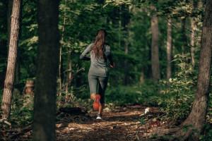 Regularne ćwiczenia wydłużają życie. Nawet w miejscach zanieczyszczonych