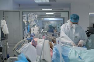 Lekarze walczą o dodatki covidowe. Złożyli już 43 pozwy w sądach o wypłatę należnych pieniędzy
