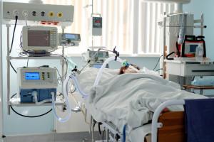 Koronawirus w Polsce. Znów wzrost zakażeń. Zmarło pięć osób