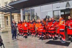 """Rzeszów. Protest ratowników w obronie zwolnionych kolegów. """"Jesteśmy solą w oku dyrektora"""""""