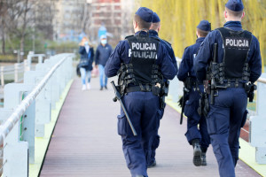 Nowe obostrzenia w Polsce. Rząd szykuje przepisy. Będzie kilka istotnych zmian
