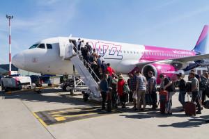 Wizz Air wprowadza obowiązkowe szczepienia na COVID-19