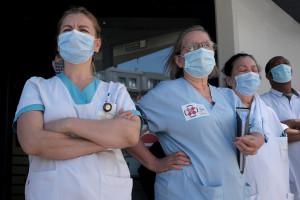 """Ponad 30 tysięcy zł dla pielęgniarek. To """"tygodniówka"""" pielęgniarek podróżnych"""