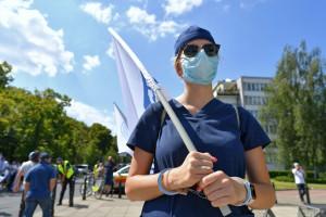 """Protest 11 września. Opiekunowie medyczni też wyjdą na ulice. """"Zmiany są niezbędne"""""""