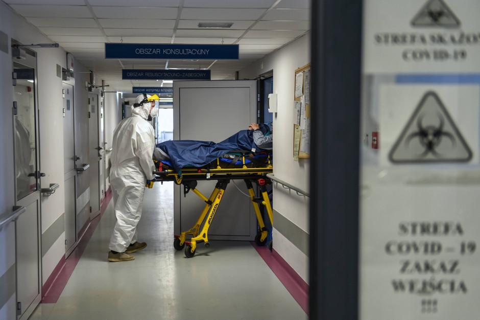 1300 chorych z COVID-19 w szpitalach. Niedzielski ujawnił prognozy na wrzesień