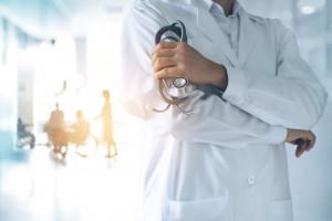Wizyta u lekarza, badanie diagnostyczne. W tym roku korzystało z nich już czterech na pięciu Polaków