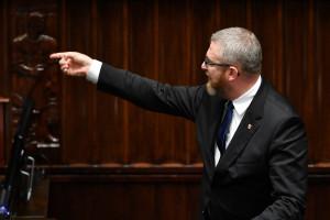 """""""Będziesz pan wisiał"""". Prokuratura wszczęła śledztwo w sprawie gróźb wobec ministra zdrowia Adama Niedzielskiego"""