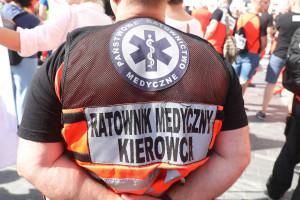 Ratownicy wydali oświadczenie. Jest o dodatkach wyjazdowych, SOR-ach i zawodzie ratownika