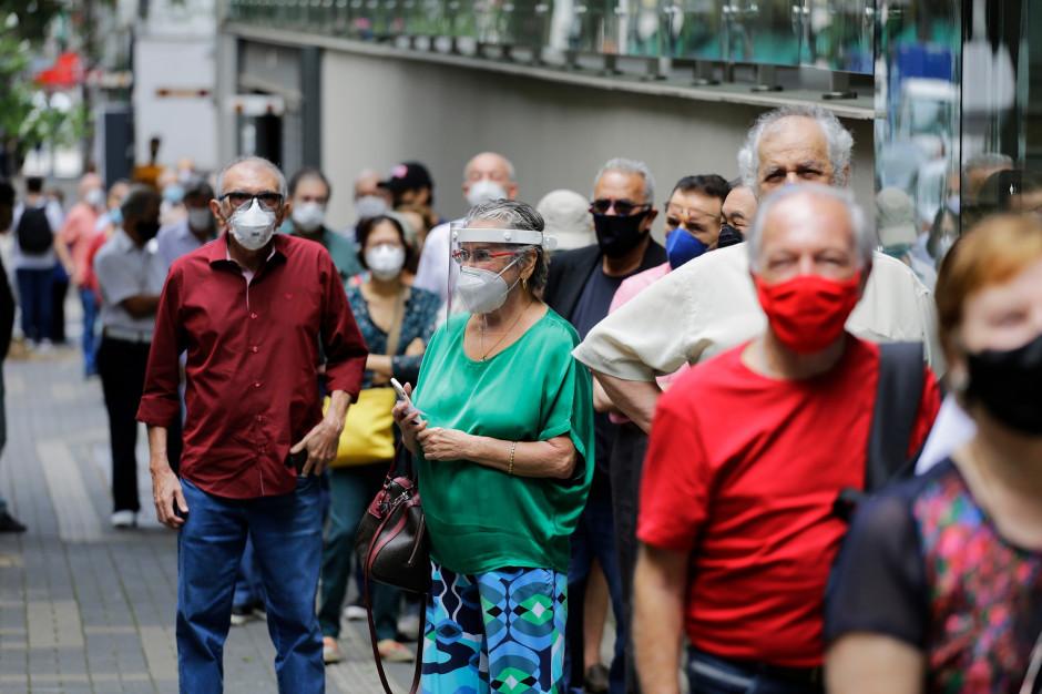 Dyrektor Moderny odpowiedział, kiedy skończy się pandemia. Skąd to wie?