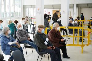 Dziś rusza rejestracja na trzecią dawkę dla 50-latków