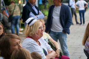 """Zarobki pielęgniarek. W Polsce 3,7 tys. brutto. W Szwecji 17 tys. zł. """"Gdzie są bardziej doceniane?"""""""