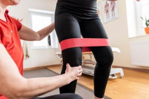 Rehabilitacja lecznicza. NFZ wydłuża okres dostosowania się do zmian w rozliczeniach