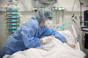 Koronawirus. 25 września. Znów duży wzrost liczby zakażeń. Zmarło 20 osób