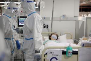 Niezaszczepieni na COVID-19. To oni przeważają w szpitalach na oddziałach covidowych