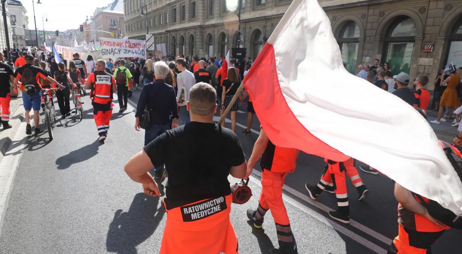 Ratownicy są teraz najbardziej skłóconą i rozdrobnioną grupą zawodową w Polsce. Kto ich reprezentuje?