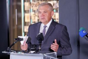 Prezydent Białegostoku w szpitalu. Powodem COVID-19