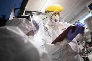 Koronawirus. 28 września ogromny wzrost hospitalizacji. Na oddziałach covidowych przybyło 145 chorych