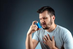 W Polsce nie są spełniane standardy zarzadzania astmą. Konieczny jest nowy model opieki