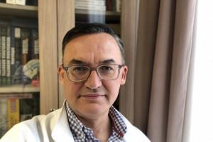 Prof. Rejdak: chorzy z SM po zaszczepieniu mogą bezpiecznie korzystać z terapii immuno-rekonstytucyjnej