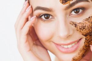 Dlaczego warto wykonywać piling skóry?