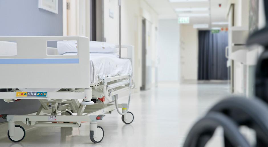 Góra od 5 lat bez szpitala. Ekspert wskazuje: ambulatoria w miejsce zamkniętych szpitali