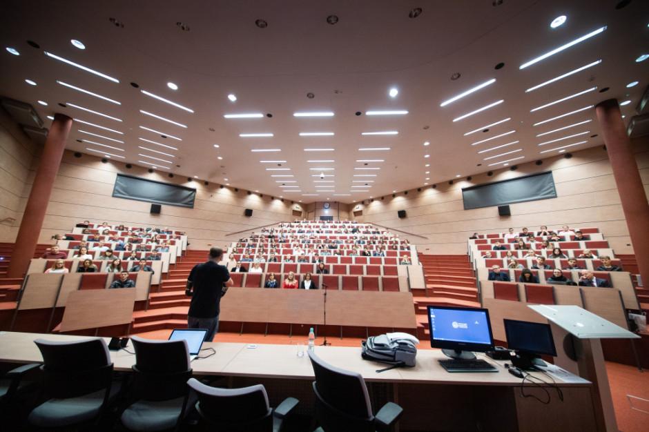 Trzy uczelnie wspólne uruchomiły nowy kierunek studiów - MBA w ochronie zdrowia. Trwa rekrutacja
