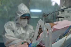 Dęblin. Na czternastu pacjentów z Covid-19 trzynastu to niezaszczepieni
