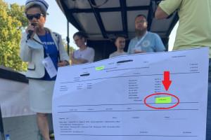 """Ile zarabia pielęgniarka w Polsce? Pielęgniarka pokazała pasek z wypłaty. """"Tak świetnie zarabia"""""""