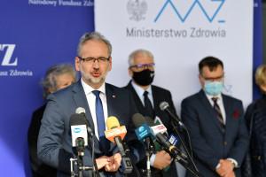"""Minister zdrowia o apelu NRL do lekarzy: """"Skrajnie nieodpowiedzialne"""""""