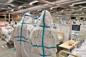 Koronawirus. 23 października ogromny wzrost zakażeń i zgonów. Czwarta fala rozpędza się