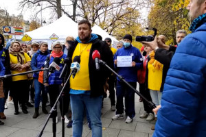 """Protest medyków. Białe Miasteczko. """"Elektroradiolodzy chcą ustawy o swoim zawodzie"""""""