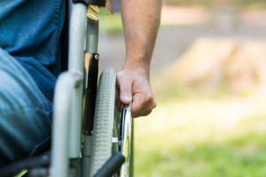 Konieczne programy lekowe dla chorych na SM. Pomogą zmniejszyć liczbę świadczeń