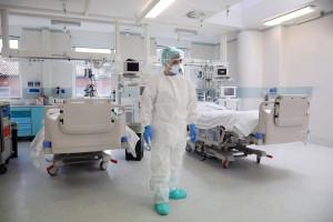 Koronawirus. 34-latek zmarł na COVID-19 tuż przed własnym ślubem
