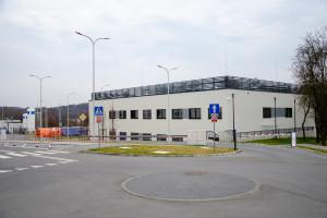 Szpital żąda 25 mln zł za walkę z COVID-19. NFZ odpowiada: wypłaciliśmy prawie 468,5 mln